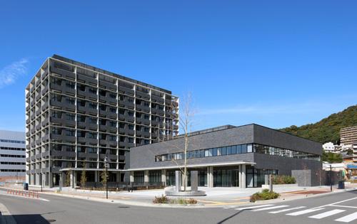 広島県医師会会館 出典:大成建設公式サイト